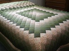 King Size Dark Green and pink Hand Quilted Trip Around theQueen Size Blue & Multi-color Nine-Patch Patchwork QuiltMarlene's Quilts by MarlenesQuilts Log Cabin Quilt Pattern, Log Cabin Quilts, Quilt Block Patterns, Quilt Blocks, Pattern Blocks, Colchas Quilting, Quilting Designs, Bargello Quilts, Fabric Letters