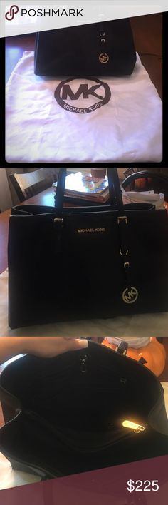 Black Jet Set Michael Kors Handbag This is the BEST handbag MK has made. Only selling because I'm now using my silver one. In very good used condition. Slight wear in one of the straps. Interior is perfect. Detailing is gold. Non smoking home. Reasonable offers will be considered 😀 Michael Kors Bags Totes