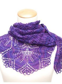 Haruni Shawl Pattern - Free Knitting Patterns by Emily Ross
