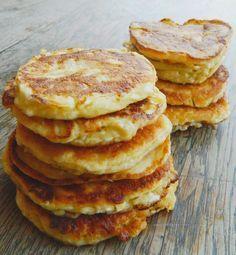 Zabpelyhes túrós puffancs (paleo változatban is! Gm Diet Vegetarian, Vegetarian Recipes, Diet Recipes, Cooking Recipes, Healthy Recipes, Healthy Snacks, Healthy Eating, Good Food, Yummy Food
