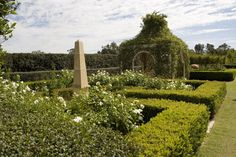 For 25 years Paul Bangay has fulfilled his clients' aspirations for gardens that are expressive of the timeless elegance and classic simplicity.