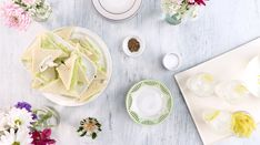 An ultra-special occasion calls for these perfectly thin and dainty cucumber sandwiches. Cucumber Sandwiches, Finger Sandwiches, Tea Sandwiches, Soup And Sandwich, Sandwich Recipes, Slider Sandwiches, Sliders, Recipes Appetizers And Snacks, Finger Food Appetizers