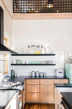 Chip and Joanna Gaines help adventurous first-time homebuyers save one of only two authentic original shotgun style houses still standing in the Waco area. In the end, they transform this vintage find into an amazing space with imaginative design, but rescuing and restoring the tiny 700-square-foot home turned out to be an epic adventure.