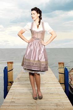 Arbeitskleidung, Kleider Rock, Schöne Frauen, Hosen, Farben, Frisuren,  Schöne Hintern 6ada7246d7