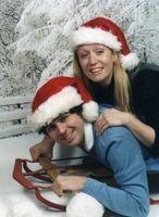 Awkward Couple Photos: Funniest Holiday Couple Pics From Awkward Family Photos