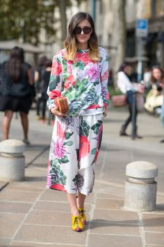 See the Street Style from Milan Fashion Week Spring Top Street Style, Milan Fashion Week Street Style, Milano Fashion Week, Street Style Trends, Spring Street Style, Street Chic, How To Wear Culottes, Spring Summer, Spring 2014