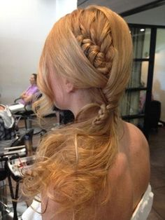 cool braid. Possible idea of way to incorporate a braid into Sheena's hair do' on wedding day.NOT WITH THE MESSY BOTTOM!!! maybe pulled up into bun-ish thing.