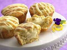 These no-fail poppy seed muffins have a sweet surprise inside: a bundle of sweet cream cheese. Start with a Betty Crocker lemon-poppy seed muffin mix and this recipe is easy as can be—start to finish in less than an hour.
