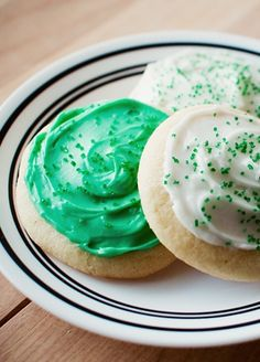 Soft Frosted Sugar Cookies *perfect for St. Patricks Day