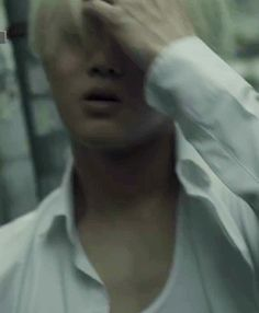Angry blonde!Suho (1/4)