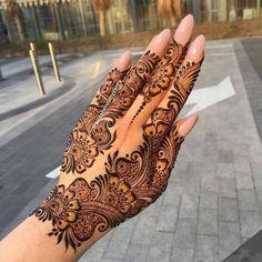 Pretty Henna Designs, Full Mehndi Designs, Latest Henna Designs, Henna Tattoo Designs Simple, Indian Mehndi Designs, Stylish Mehndi Designs, Henna Art Designs, Mehndi Designs For Beginners, Mehndi Design Pictures