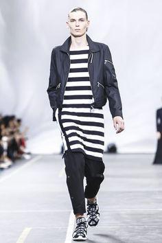 Y-3 Menswear Spring Summer 2016 Paris - NOWFASHION
