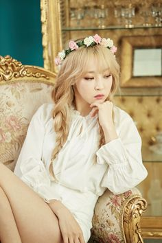 Check out Mamamoo @ Iomoio Kpop Girl Groups, Korean Girl Groups, Kpop Girls, Wattpad, Mamamoo Moonbyul, Solar Mamamoo, Sulli, Soyeon, Rainbow Bridge