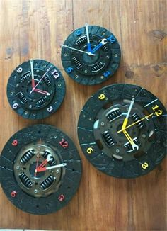 Wall Clock Design 817684876072003936 - Assorted clutch wall clocks Source by krispasquier Garage Furniture, Car Part Furniture, Automotive Furniture, Automotive Decor, Metal Furniture, Industrial Furniture, Metal Art Projects, Welding Projects, Diy Clock