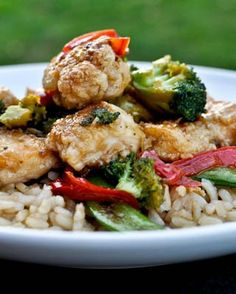 Healthier Crunchy Honey Chicken | howsweeteats.com