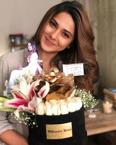 Nothing less than a billion roses to make me smile Thank you billionaire roses Indian Tv Actress, Indian Actresses, Jennifer Winget Beyhadh, Actress Wallpaper, Girl Attitude, Attitude Quotes, Artists For Kids, Jennifer Love, Beauty Full Girl