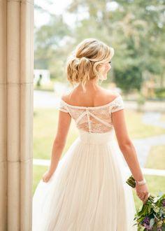 Trouwjurk Stella York 6862 Wedding Dresses Sydney, Lace Wedding Dress, Country Wedding Dresses, Modest Wedding Dresses, Colored Wedding Dresses, Wedding Gowns, French Wedding Dress, Prom Dresses, Sydney Wedding