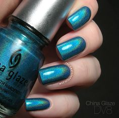 KILLS me to keep seeing these HTF polishes. China Glaze swatch from the OMG holo collection. Classy Nails, Fancy Nails, Trendy Nails, Teal Nail Designs, Colorful Nail Designs, Nails Design, Teal Nails, Dark Nails, Garra