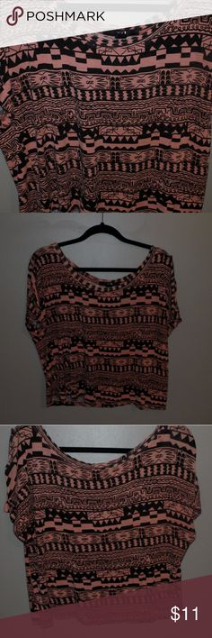 Pink Tribal Top Worn more than a few times but still good condition. Forever 21 Tops Tees - Short Sleeve