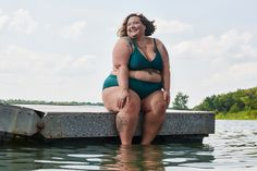 Everything You Know About Obesity Is Wrong For decades, the medical community has ignored mountains of evidence to wage a cruel and futile war on fat people, poisoning public perception and ruining millions of lives. It's time for a new paradigm. Woman Meme, Singles Online, Fat Women, Curvy Women, Body Image, Your Girl, Everything, Weight Loss, Losing Weight