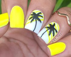 12 Beach Nail Designs To Try This Weekend These 12 beach nail designs are perfect for the weekend! From Neon Pop to intricate Beach Landscape nails, this nail art compilation has it all… - Nail Designs Nail Design Glitter, Nail Design Spring, Beach Nail Designs, Cute Nail Designs, Tropical Nail Designs, Beach Nail Art, Pedicure Designs, Neon Nails, Diy Nails