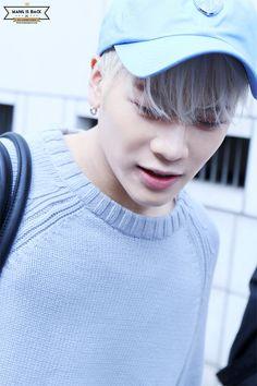 fywangjackson:    160408 Music Bank Commute© WANG IS BACK| Do not edit.