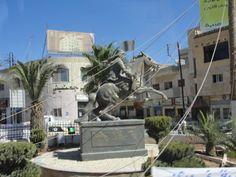 #magiaswiat #podróż #zwiedzanie #jordania #blog #azja  #jerash #twierdza #kosciol #amman #miasto #zabytki #muzeum #katedra #rzymskie #ruiny #stadion #madaba #goranebo #betania #jordan #morzemartwe #petra #al-kerak #pustynia #wycieczka Petra, Statue Of Liberty, Mount Rushmore, Mountains, Nature, Blog, Travel, Statue Of Liberty Facts, Naturaleza