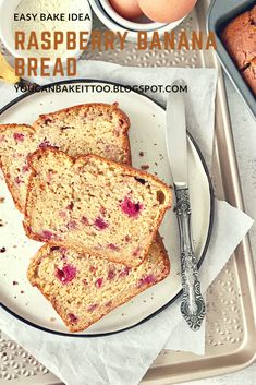 This Raspberry Banana Bread is super moist and delicious. The addition of raspberries throughout the bread gives it a little tang' and balances the sweetness out perfectly. Banana Bread Ingredients, Banana Bread Recipes, Raspberry Bread, Raspberry Recipes, Brunch Recipes, Dessert Recipes, Those Recipe, Best Breakfast, Breakfast Ideas