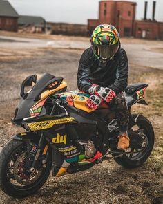 Ducati Motorbike, Motorcross Bike, Motorcycle Suit, Moto Bike, Ktm Dirt Bikes, Yamaha Motorcycles, Yamaha R1, Cb 1000, Bike Photoshoot