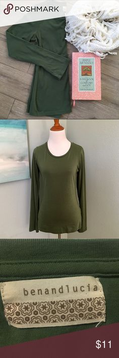 """Anthropologie Long Sleeve Soft Tee Ben and Lucia This seasonal staple is soft and form fitting - perfect for layering! It does run small (tag says medium). It was washed and worn once. Looks new! 100% Cotton. ✨Measures: 16"""" bust flat. 24"""" L. Anthropologie Tops Tees - Long Sleeve"""