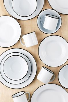 Shop Enamelware Starter Kit at Urban Outfitters today. We carry all the latest styles, colors and brands for you to choose from right here. Urban Outfitters, Apartment Essentials, Kitchen Essentials, Apartment Goals, Studio Apartment, Apartment Living, Apartment Therapy, Deco Studio, Food Photography Props