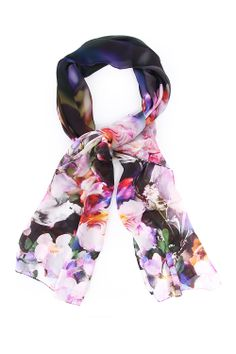 paul smith floral tulip scarf - purple https://www.blueberries-online.com/womens-floral-tulip-scarf-purple-by-paul-smith-acc-womens-accessories_p0011666800.html
