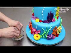 or Party by Cakes StepbyStep *Si te gusta como decoro mis pastelitos Whale Cakes, Sea Cakes, Fish Cake Birthday, Cool Birthday Cakes, 5th Birthday, Paisley Cake, Dory Cake, Finding Nemo Cake, Little Mermaid Cakes