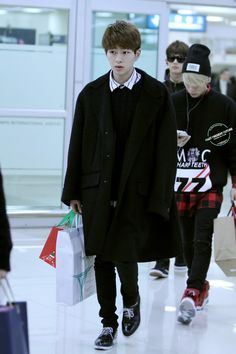 Onew - airport:141128