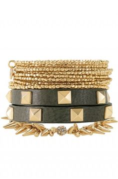 Gold is makin a comeback!  Or still here for those of you that have always worn it, lol!  I'm all about the bracelet layering! Each sold separately! $59    http://www.stelladot.com/sites/AnnaFranck
