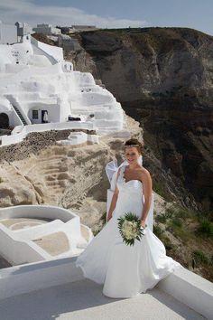 By ionian Weddings.