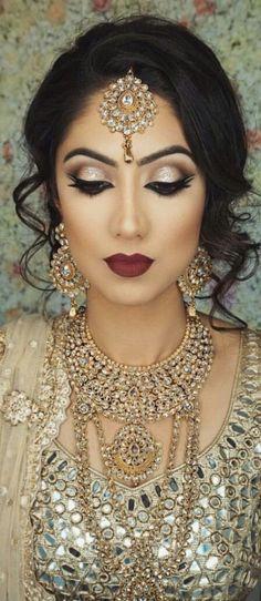 Trendy indian bridal makeup hairstyles make up ideas Pakistani Bridal Makeup, Asian Bridal Makeup, Indian Wedding Makeup, Indian Wedding Hairstyles, Bridal Makeup Looks, Bride Makeup, Wedding Hair And Makeup, Indian Makeup Looks, Indian Bride Hair