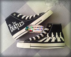 The Beatles 'Abbey Road' Custom Converse / Painted Shoes Custom Converse Shoes, Converse Sneakers, Custom Shoes, Converse High, Adidas Shoes, Beatles Shoes, Basket Style, Diy Vetement, Valentino Shoes