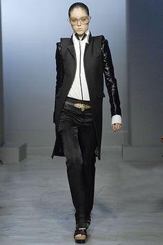 Balenciaga Spring 2007 Ready-to-Wear Fashion Show - Coco Rocha