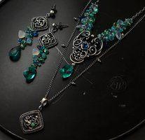 http://joannawatracz.deviantart.com/art/EDERA-wire-wrapping-earrings-434263422
