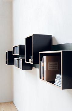 Magnetic Mudular Shelving by Nils Holger Moorman
