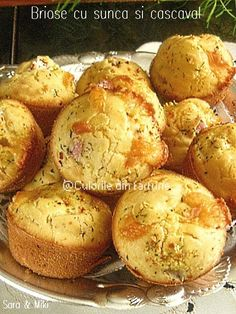 Briose cu sunca si cascaval Healthy Muffins, Appetizers, Gluten, Cooking Recipes, Homemade, Breakfast, Ethnic Recipes, Food, Cupcakes