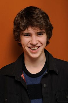 Freddie Highmore Photos - Actor Freddie Highmore poses for a portrait during the 2011 Sundance Film Festival at The Samsung Galaxy Tab Lift on January 2011 in Park City, Utah. Hot Actors, Actors & Actresses, Shaun Murphy, Freddie Highmore, Norman Bates, Star Wars, Sundance Film Festival, Good Doctor, British Actors