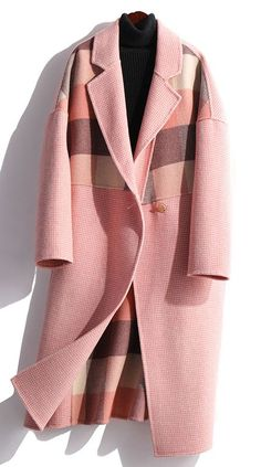 Elegant oversize medium length jackets fall coats pink plaid patchwork wool coatCustom make service available! Burberry Coat, Coats For Women, Jackets For Women, Clothes For Women, Fall Jackets, Fall Coats, Jackets Uk, Camo Jacket Women, Minimalist Outfit