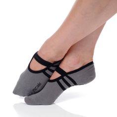 Grey/Black - ballet socks- great for barre, Pilates, spring board.... Pilates Socks, Barre Socks, Ballet Barre, Ballet Room, Dance Gear, Yoga Shoes, Grip Socks, Ballet Fashion, Athletic Socks