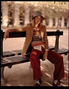 Laetitia Montalembert Ponders Paris In Luc Coiffait Images For L'Officiel Paris September 2017 — Anne of Carversville Fashion Wear, Fashion Looks, Fashion Outfits, Fashion Glamour, Parisian Girl, Laetitia, Prep Style, Outdoor Fashion, International Fashion