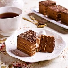 Gâteau aux Petit Beurre® et au chocolat Nutella, Chef Cake, Desserts With Biscuits, French Cake, Sweet Cooking, Cake & Co, Base, I Love Food, Deserts