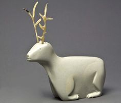 David Kuptana, Inuit:| Caribou with musk ox horn antlers. Winnipeg Art Gallery Native Art, Native American Art, Winnipeg Art Gallery, Inuit People, Cultural Crafts, Musk Ox, Haida Art, Inuit Art, Historical Artifacts