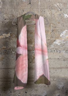 Cashmere Silk Scarf - Pink heart drops by VIDA VIDA Cheap Price Store Outlet With Paypal Buy Cheap Good Selling QWd3Lia3s3