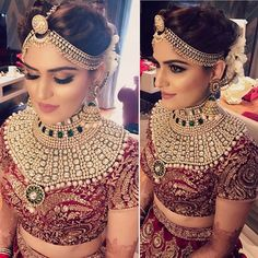 Such beautiful bridal makeup--perfect mix. Not too natural and subtle but not too dramatic Beautiful Bridal Makeup, Indian Bridal Makeup, Natural Wedding Makeup, Indian Wedding Jewelry, Indian Bridal Wear, Indian Wedding Outfits, Bridal Outfits, Indian Jewelry, Indian Outfits